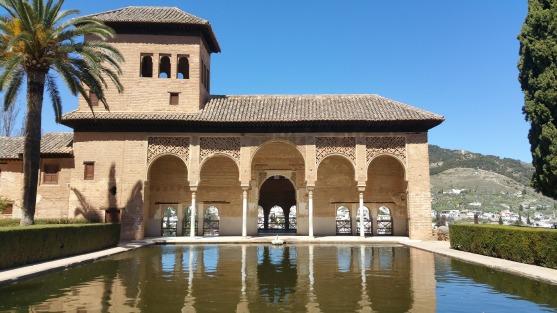 alhambra-1542243_1920